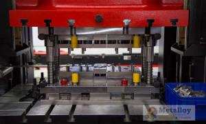 Устройство и принцип работы гидравлического пресса для штамповки металла