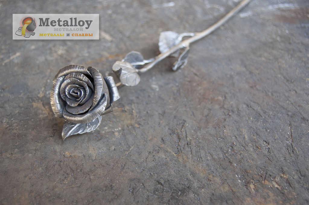 Роза ручной работы