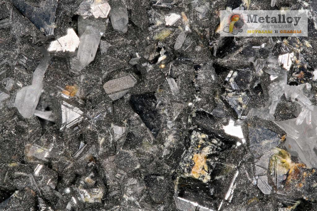 Необработанный металл