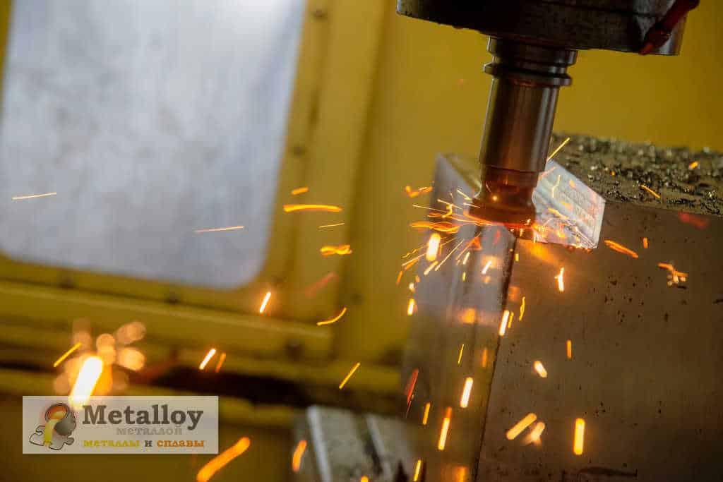 Шпиндель для обработки металла