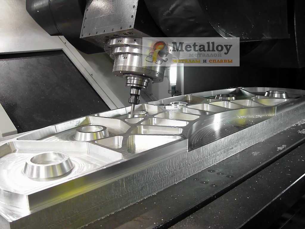 Сверлильный станок по металлу