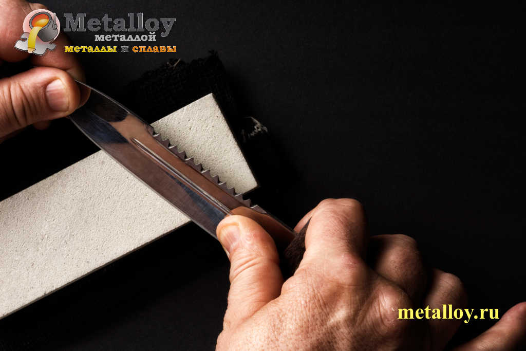 Заточка охотничьего ножа на бруске